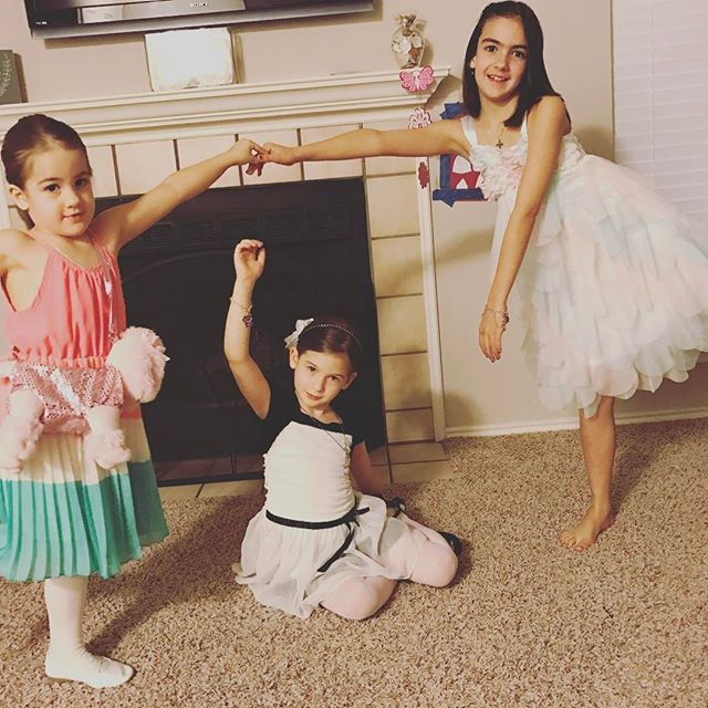 These ladies are ready for their Daddy Daughter Date!